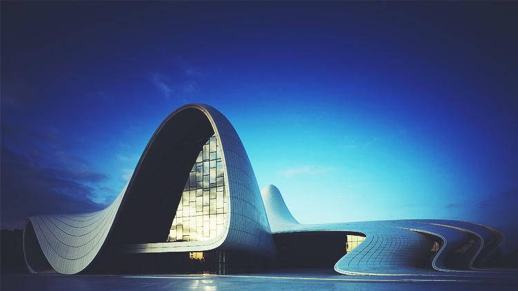Bakü'deki Haydar Aliyev Kültür Merkezi